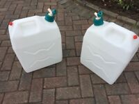 6 GALLON LIGHTWEIGHT PLASTIC WATER CONTAINERS