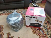 Breville Black Deep Fat Fryer VDF091