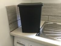Brabantia 10L waste bin to fix under sink. Hardly Used. Excellent quality.
