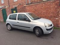 54 plate Renault Clio 1.2