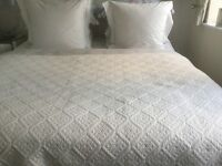 White King/Superking Bedspread/Throw