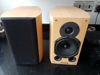 Wharfedale diamond 9.1 pair of hi-fi speakers beech colour excellent condition