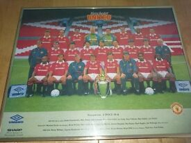 man utd picture in a gold frame