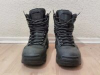 Magnum Sidewinder Size 9 Combat Boots Cold Wet