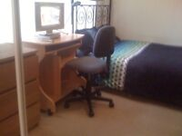 STOOP!!!!! EN-SUITE DOUBLE ROOM IS READY TO RENT NOW. BILLS INC COUNCIL TAX