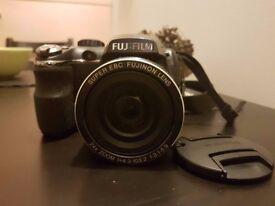 Fujifilm FinePix S3200 14 mega pixels