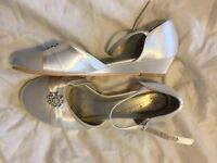 Size 4, ivory mini heel bridesmaid/occasion shoes