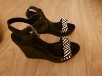 Black wedge sandals size 8