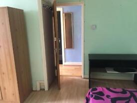 Double room for rent (HA0 1NE )
