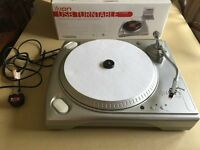 Xion TTUSB Turntable ideal for transfering Vinyl to PC