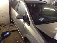 Vauxhall zafira 2009 c breaking- spares or repairs 1.6