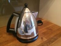 Delonghi chrome kettle