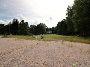 195 000$ - Chalet à vendre à St-Félicien Lac-Saint-Jean Saguenay-Lac-Saint-Jean image 3
