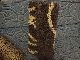 4x3 rug chenille fabric unused