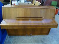 Upright Piano Challen 988 (FREE Local delivery) Kent TN12