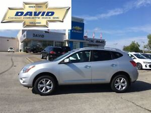 2011 Nissan Rogue SV FWD, HEATED SEATS, A/C, STEERING CONTROLS!
