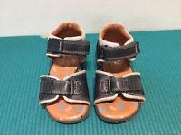 'Start Rite' Navy Leather Toddlers Sandals - Size 4.5F - £8