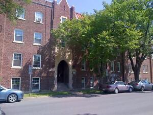 1 Bedroom -  - Linden Manor - Apartment for Rent Regina