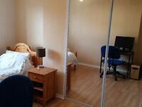 Double Room - West Belfast Mountain View. Available end of March. Prefer 6+ month lets