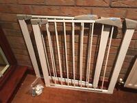 Lindam Stair Gates (2)