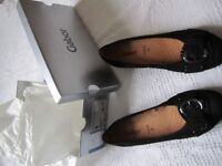 Ladies Gabor Hovercraft black nubuk pumps with buckle detail, brand new / never worn, Size 5