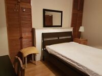 DOUBLE ROOM TO LET IN HOLLOWAY SHARED WITH ONE OTHER FULLY FURNISHED CLOSE TO ALL AMENITIES