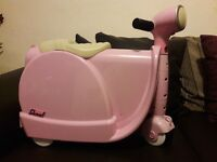 Pink Skoot ride on suitcase for sale
