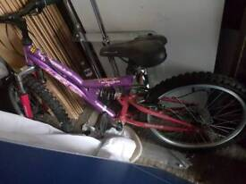 Girls Apollo bike would suit 6-8 year old
