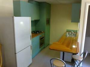 Short term accommodation in self contained granny flat Windsor Gardens Port Adelaide Area Preview