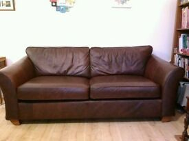 A beautiful leather large M&S sofa in good condition