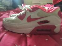 Female Nike air trainers