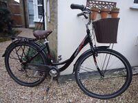 Linea classic ladies town bike plus accessories