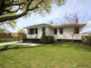 $189,000 - Bungalow for sale in Chatham