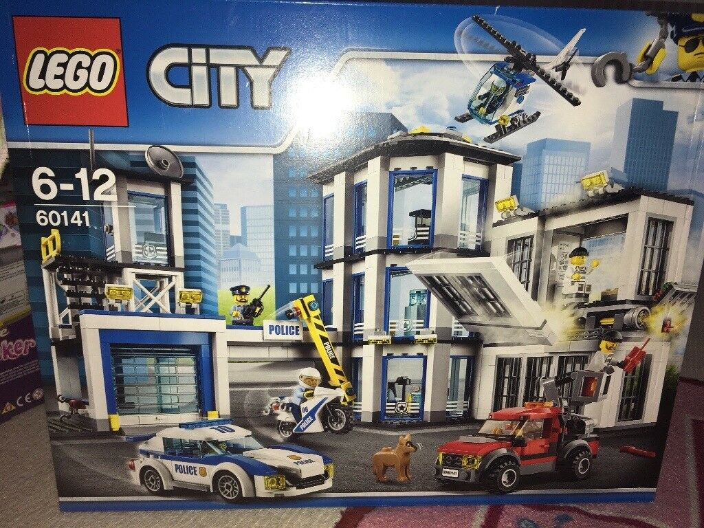 Lego Police Station New And Unopened 60141 In Bradford West City