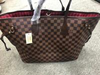 Louis Vuitton bag brand new item beautiful