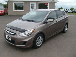 2013 Hyundai Accent GL Hatchback Auto Loaded ONLY 27,000 kms