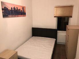 3 DOUBLE BEDROOMS and EN-SUITE TO RENT