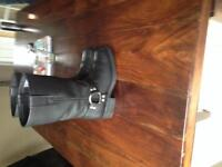 Ladies leather motorcycle boots size 8
