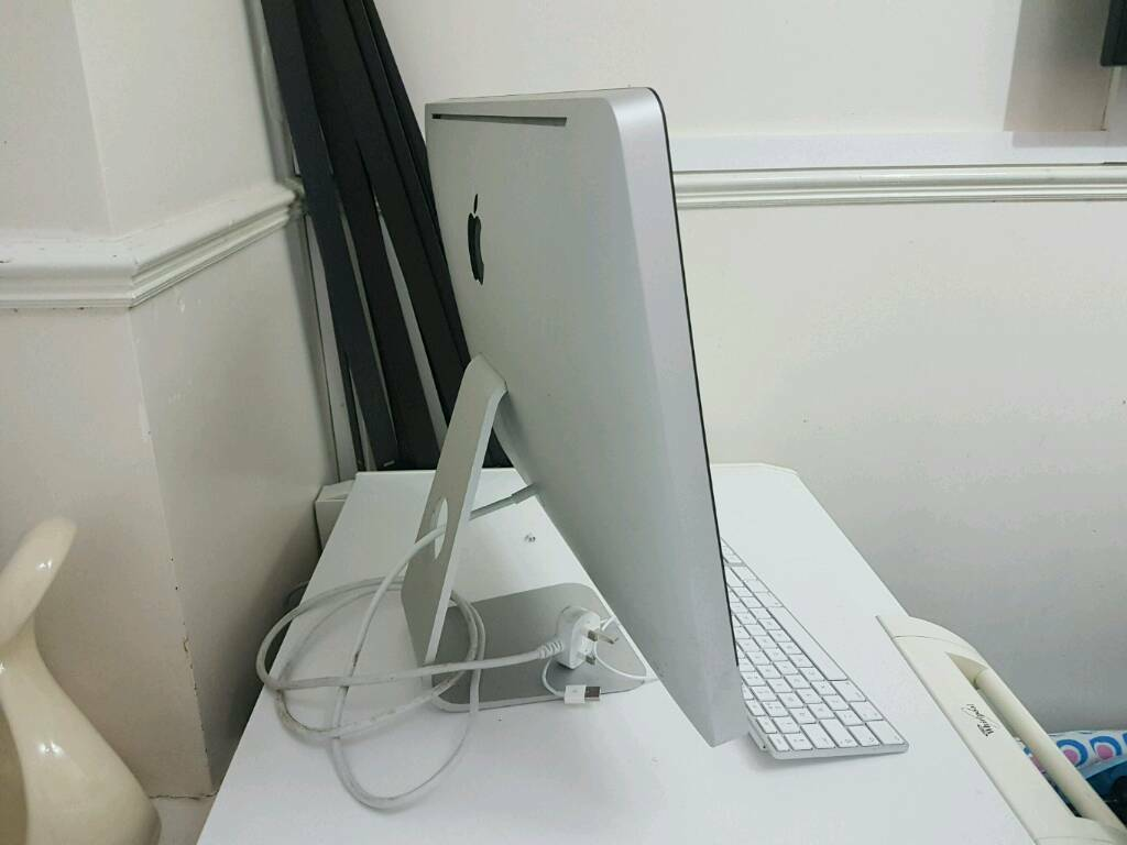 IMac all in one PC. i5 processor. 500gb hard drive. 4 gig Ram. Web cam