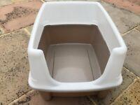 Cat litter tray