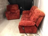CAN DELIVER- SAHARA RED ELECTRIC RECLINER SOFA & ARMCHAIR SUITE IN VERY GOOD CONDITION