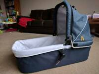 Out'n'About Nipper Buggy Carrycot (Navy/ Grey) with Single V4 Adapters - Immaculate Condition