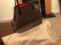 Louis Vuitton never full handbag