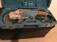 Makita angle grinder with case