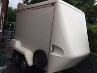 TOW A VAN 220D BOX TRAILER VERY GOOD CONDITION