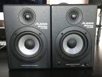 ALESIS M1 Active 520 USB Studio Monitor Speakers