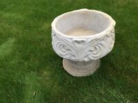 Decorative leaf plant pot