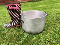 Used large pots and pans