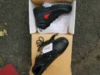 Size 9 safety boots (new)