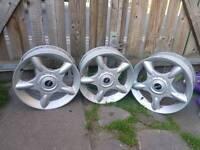 mini Cooper alloys wheel good condition